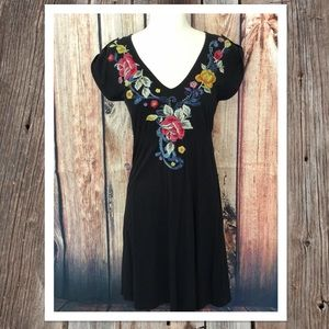 Johnny Was JWLA Dress floral embroidery sz Small